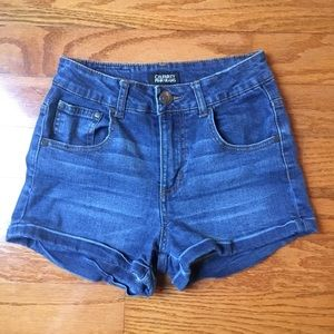 Woman's celebrity pink size one Jean shorts